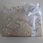 Лучшие варианты подарка родителям на серебряную свадьбу