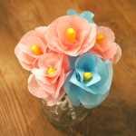 Подарок из цветов своими руками